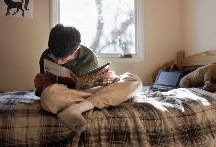 Kevin reading1 768x512 2 e1603932063594